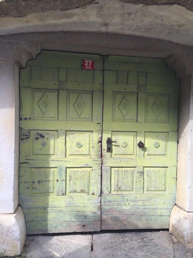 Goče_doors