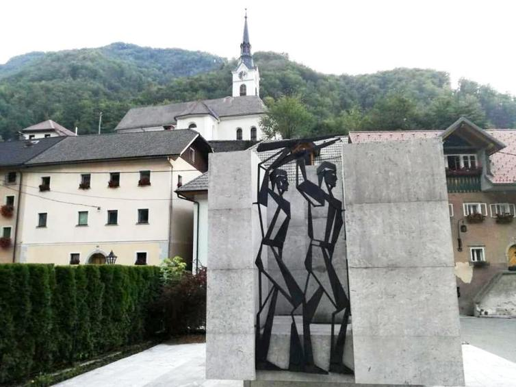 Kropa monument