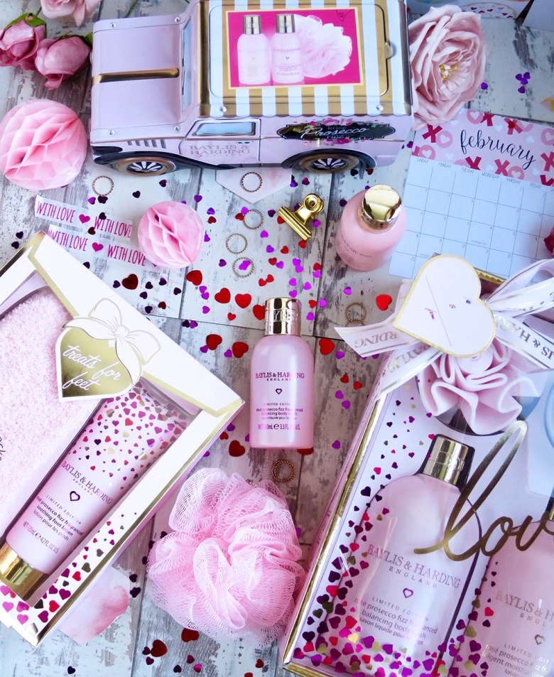 Baylis and Harding Rosé Prosecco Fizz Valentine's Collection