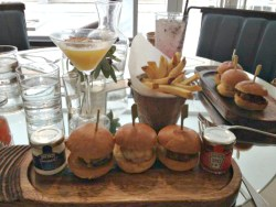 Neighborhood Restaurant in Manchester Review