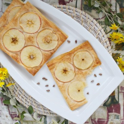 Flaky Apple Cinnamon Square Recipe