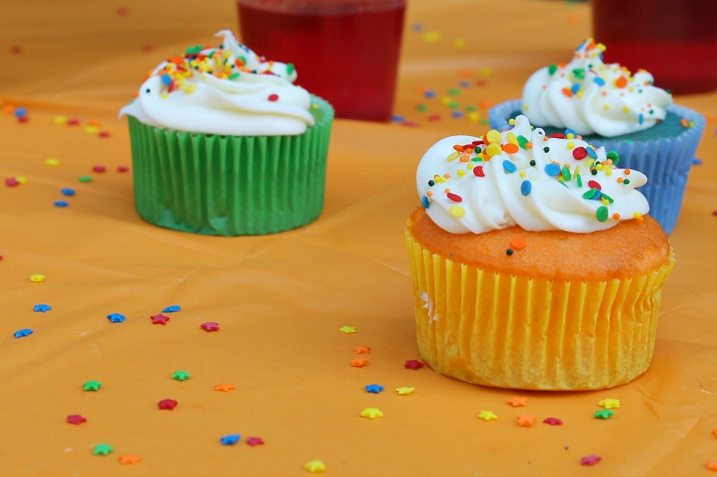 kids birthday party cupcakes