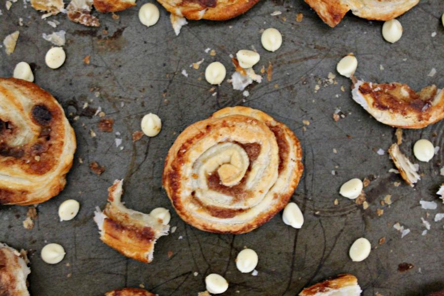 White Chocolate Pumpkin Spice Cinnamon Swirls Recipe