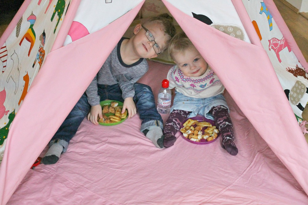 indoor tent picnic
