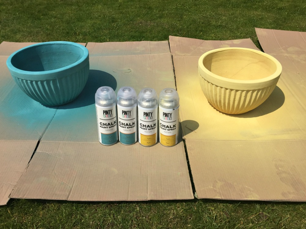 PintyPlus Chalk Spray Paint Styling the Seasons