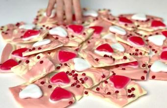 Valentine's Day Treats: Easy Chocolate Bark