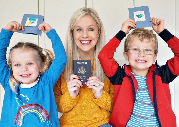 Top 10 Travel Must Haves by my Mini Crafters #MarkWarnerMum