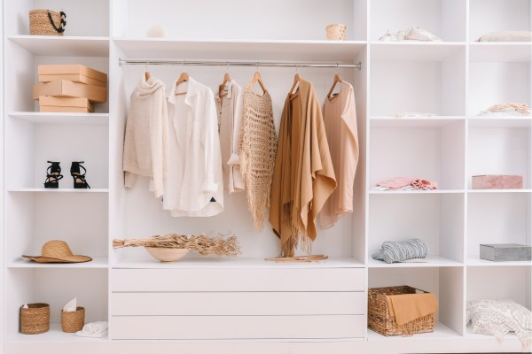 6 Tips to Cleaning Out Your Wardrobe