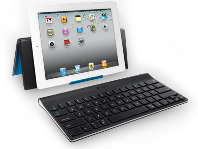 2 in 1 Logitech keyboard and stand for iPad