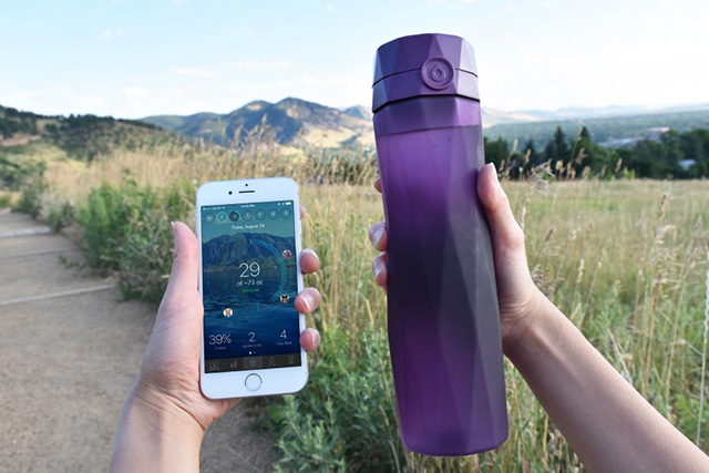 Hidrate Spark water bottle and mobile app