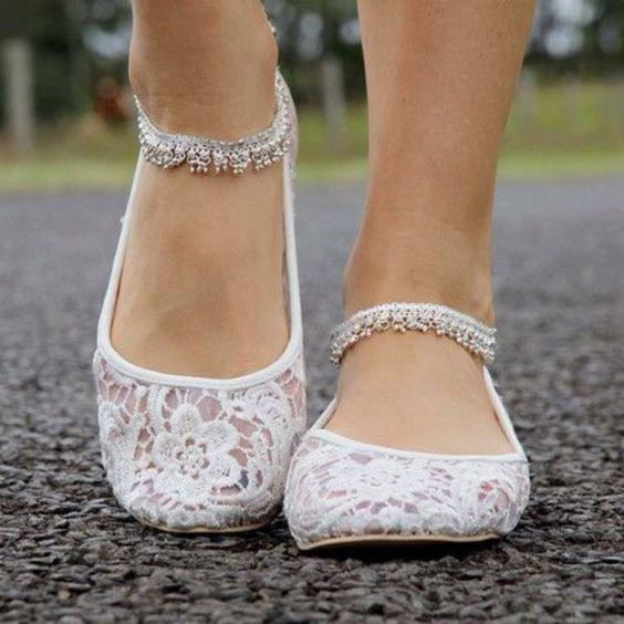 białe pantofelki
