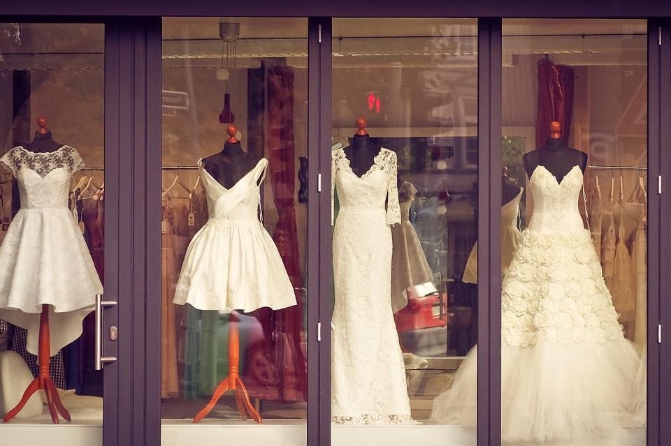 Suknia ślubna z tiulem