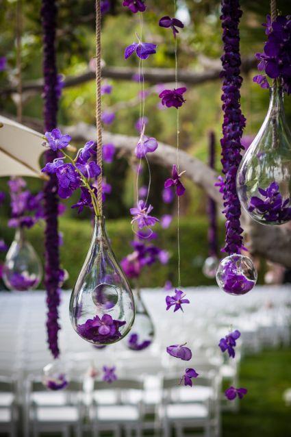 Fioletowe dekoracje ślubne