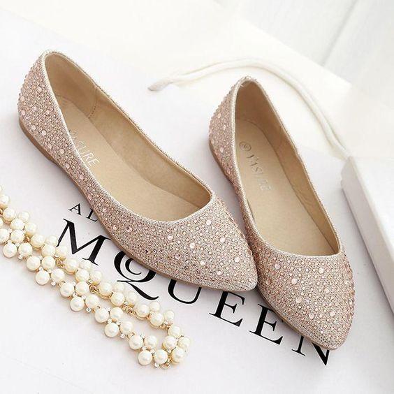 Złote buty ślubne