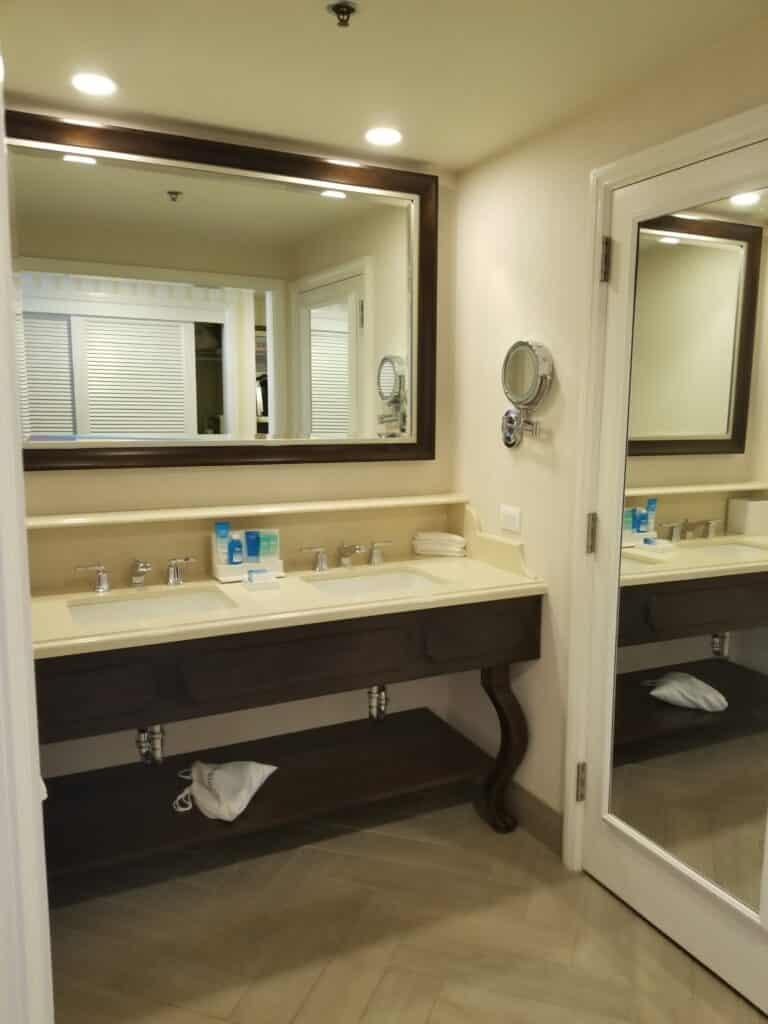 disney boardwalk bathroom vanity