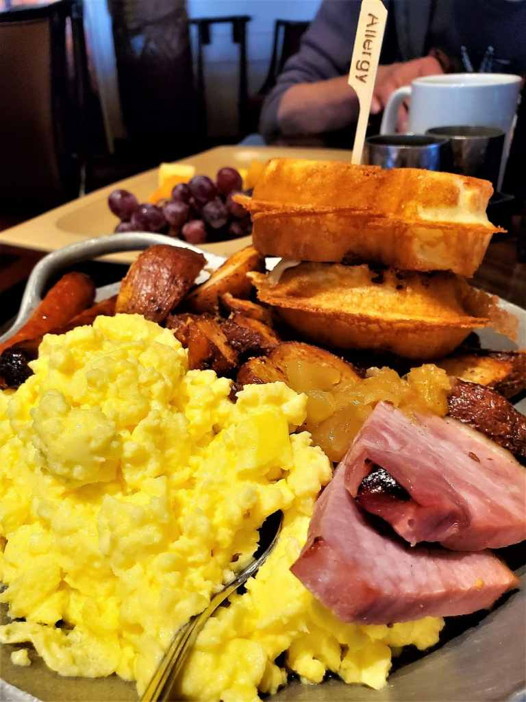 gluten free breakfast platter at 'ohana