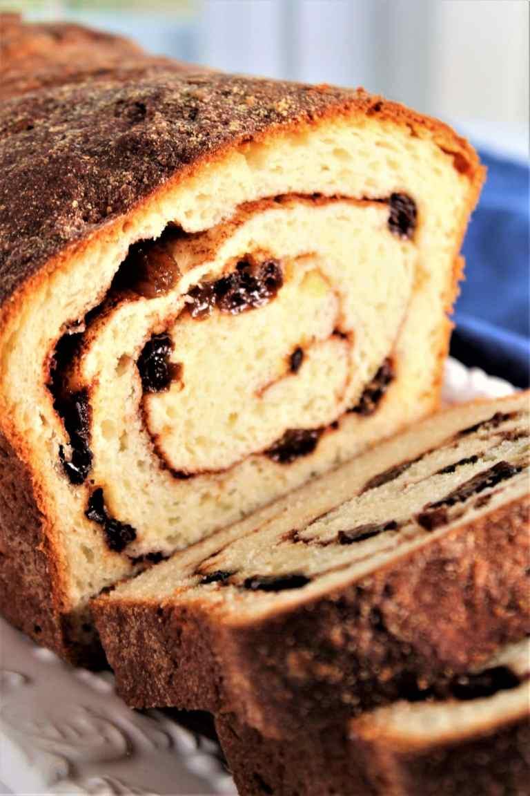 gluten free cinnamon raisin bread sliced