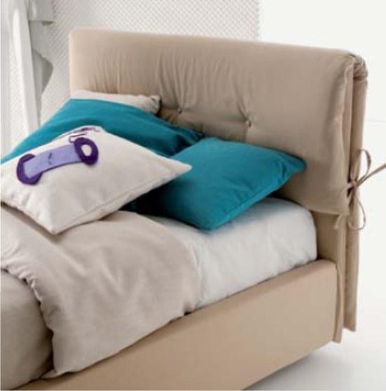 Dielle letto imbottito con testiera a cuscini