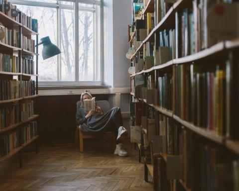 L'ambizione di ogni lettore, trovare l'angolo perfetto dove poter leggere piacevolmente