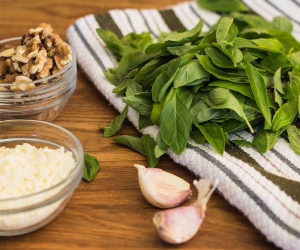 ingredients for Easy Basil Walnut Pesto