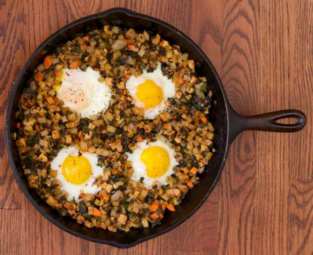 Kale, Tempeh and Potato Hash with eggs
