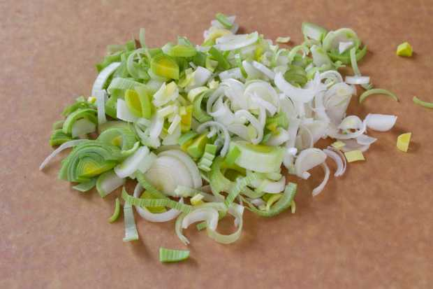 chopped leeks for Skillet Poached Eggs with Spinach