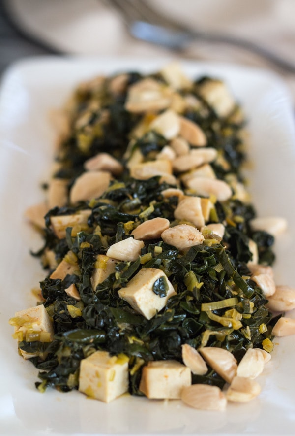 Healthy Paprika Kale, Baked Tofu and Almonds | Letty's Kitchen