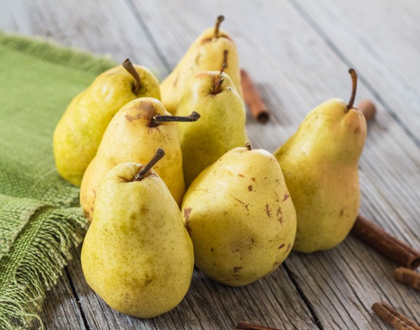 Farmer's Market pears for Cinnamon Poached Pears with Chocolate Sauce | Letty's Kitchen