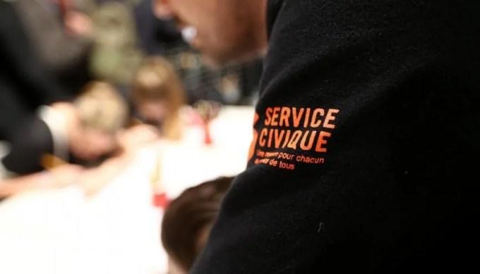 Votre service civique vous a apporté plus que vous ne le pensez : mettez-le en valeur sur votre CV ! //©Franck CRUSIAUX/REA