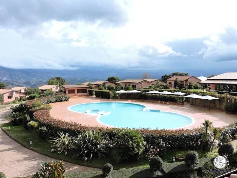 Piscina esterna Popilia Country Resort