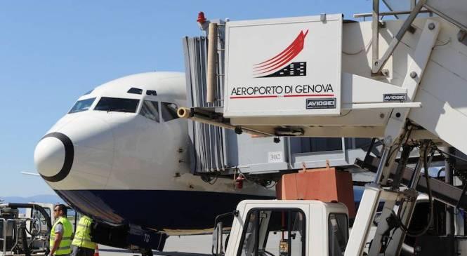 Una boutique airline in volo da Genova