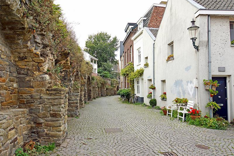 Zien Maastricht Lang Grachtje en Klein Grachtje