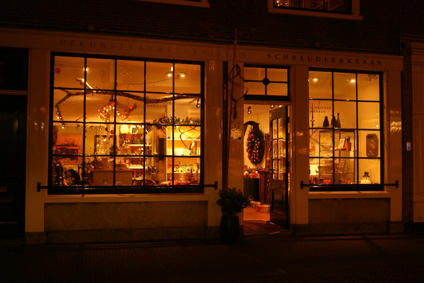 Wonen in Haarlem Schreuder  Kraan kadowinkel servies
