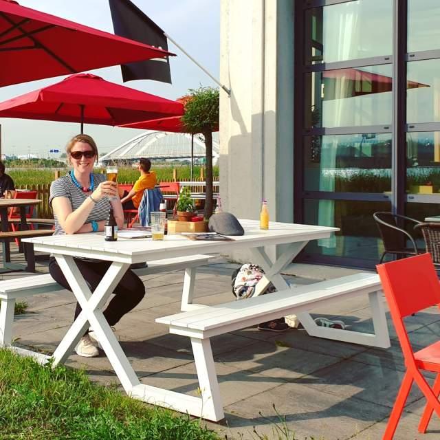 het terras van MOJA in Amsterdam