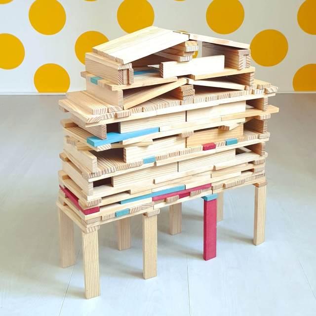 KAPLA voorbeelden: huis gebouwd op palen, inspiratie om te bouwen