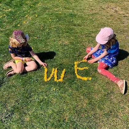 Lente en zomer knutselen: leuke ideeën voor kinderen - woorden maken van bloemetjes