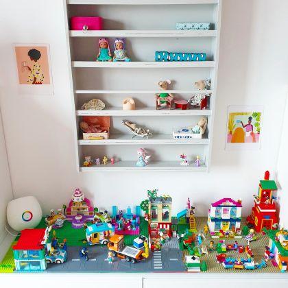Het zelfgemaakte LEGO Friends bureau, DIY LEGO tafel