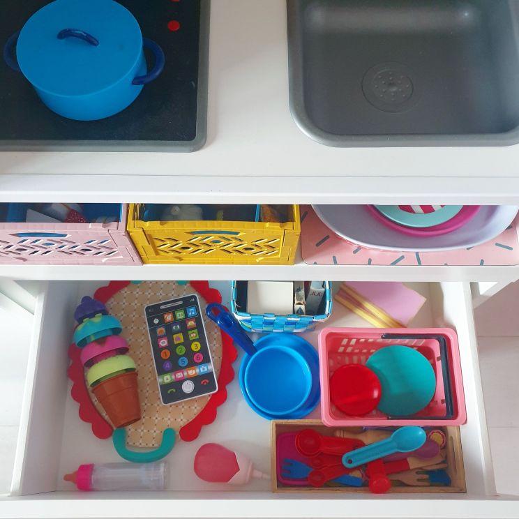 kinderkeuken maken van Duktig en Besta. Kids kitchen DIY project