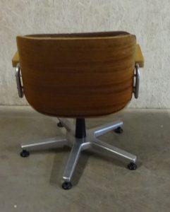 Giroflex Plywood draaifauteuil office chair van Marin