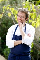 Le chef étoilé de La Bastide de Moustiers, Christophe Martin. Crédit Photo @Bordes