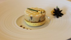 Foie Gras de Canard Andignac, mi-cuit au muscat de Saint-Jeannet, Marmelade de fruits frais, macaron au citron
