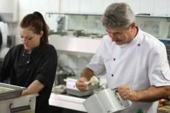 Jean Troin, professeur de cuisine au lycée du Golf Hôtel à Hyères