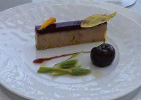 Foie Gras frais de canard, gelée de cerise, asperges sauvages