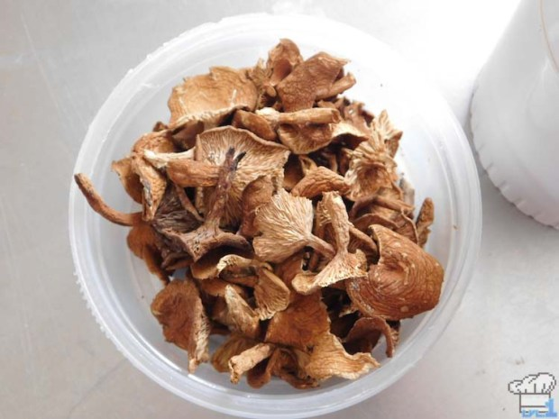 Dried candy cap mushrooms that smell just like maple syrup. They are turned to powder then incorporated into the maple buttercream icing for the Paper Mario Thousand Year Door game series.