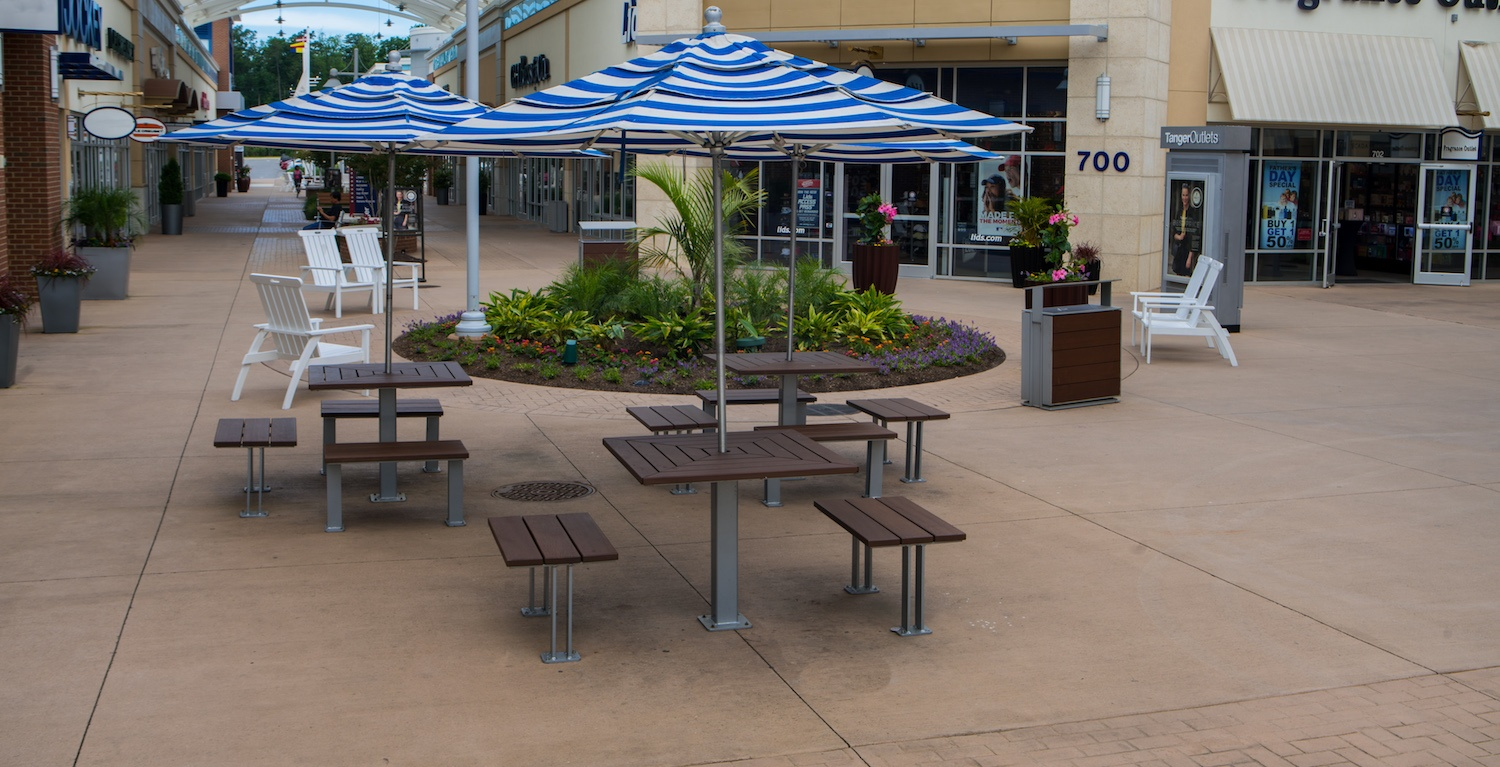 shopping mall landscaping ideas