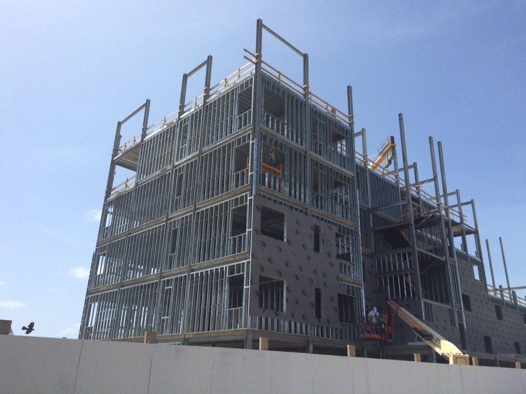 Construction Update April 2015 Levent Aruba