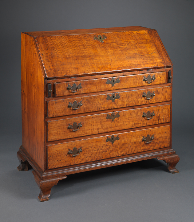 CHIPPENDALE FALL FRONT DESK