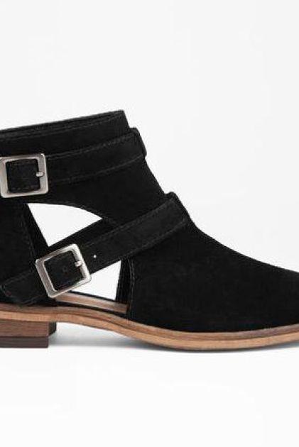 black-dandie-buckle-ankle-bootie