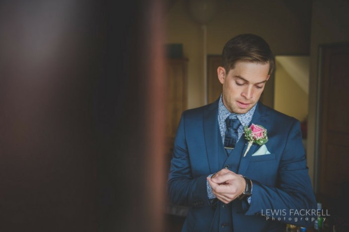 Canada-lodge-lake-cardiff-cerian-dan-june-wedding-photographer-south-wales-lewis-fackrell-photography-1