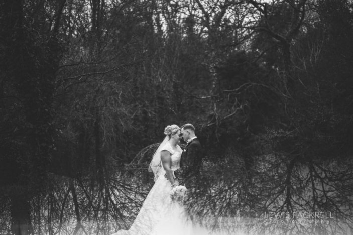 De-courceys-cardiff-December-Christmas-wedding-Jessica-Ceri-wedding-photographer-south-wales-lewis-fackrell-photography-2
